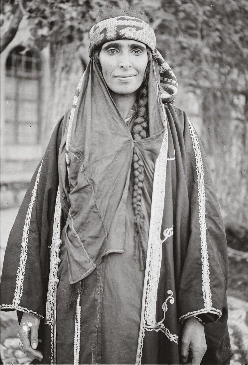 Бедуинская женщина. Иордания. 1898-1914 гг.