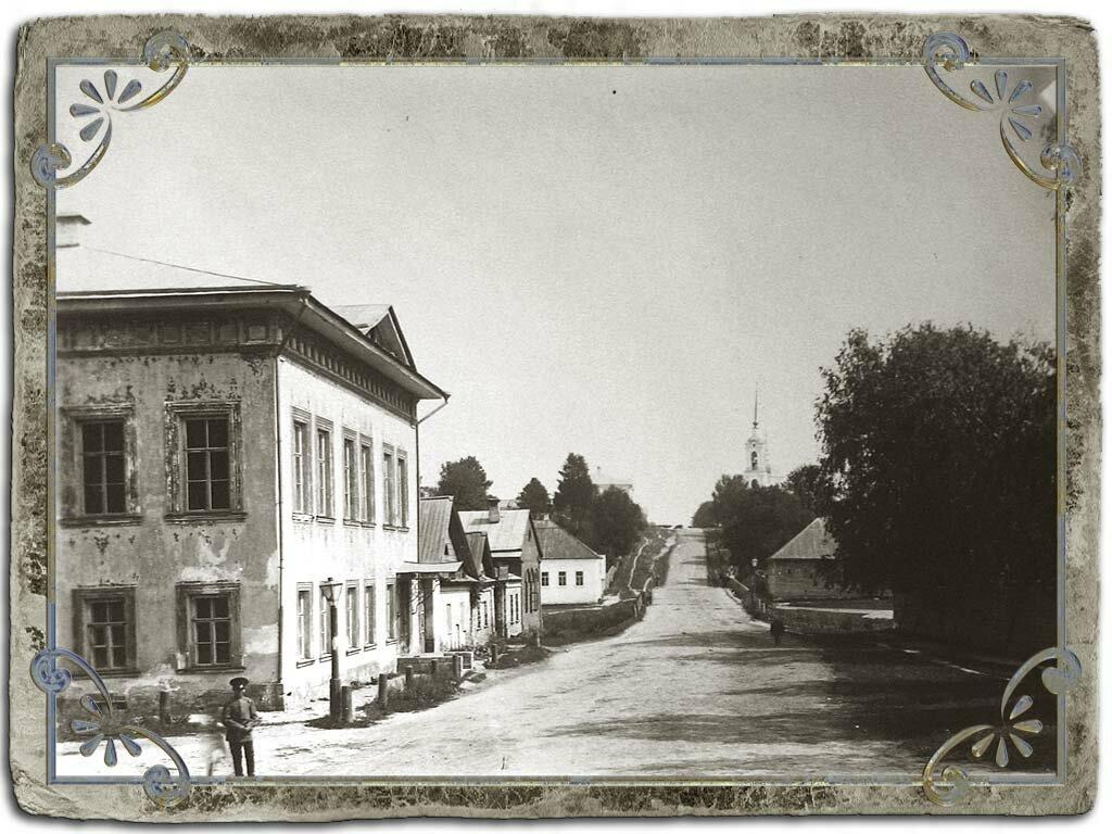 Добрынинская улица и церковь Фрола и Лавра