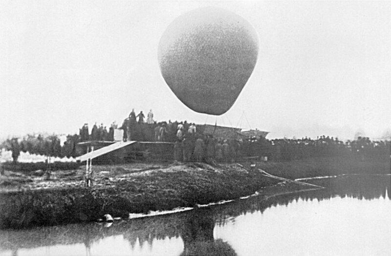 Mendeleev_Aerostatl_1887.jpg