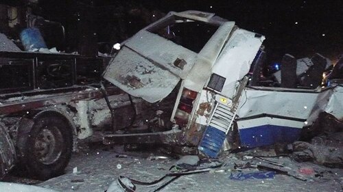 Автобус с детьми столкнулся с грузовиком в Ханты-Мансийске