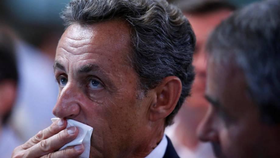 Франция может потребовать суда над РФ за военные преступления в Сирии, - Олланд