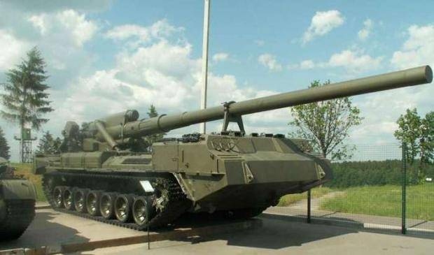 """Руководство """"ДНР"""" пугает себя украинскими «Пионами» и американскими САУ, - """"Информационное сопротивление"""""""