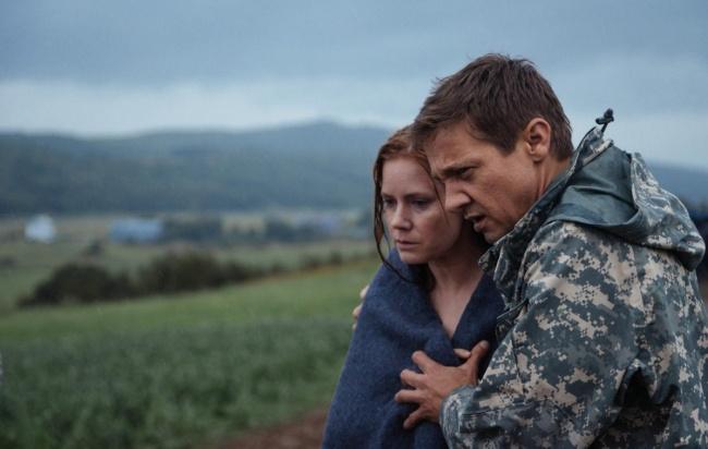 Один из самых ожидаемых фильмов этого сезона — экранизация известного рассказа «История твоей жизни»