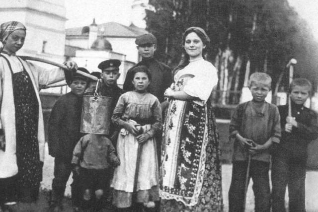 Сергей Есенин – душа российской поэзии, херувим и хулиган в редких фотографиях (16 фото)