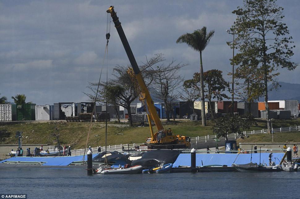 Несмотря на проект, который был направлен на предотвращение попадания сточных вод в Марина да Глория