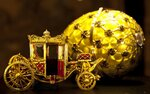 gold-carriage-yellow-faberge-egg-vatican.jpg