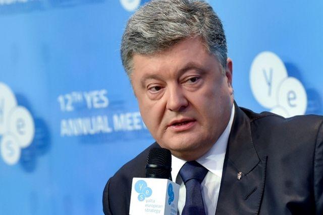 Порошенко признал НАТО перевести отношения с Украинским государством нановый уровень
