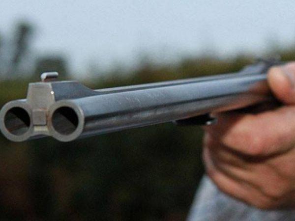 Мужчина ранил изохотничьего ружья четверых человек в столицеРФ