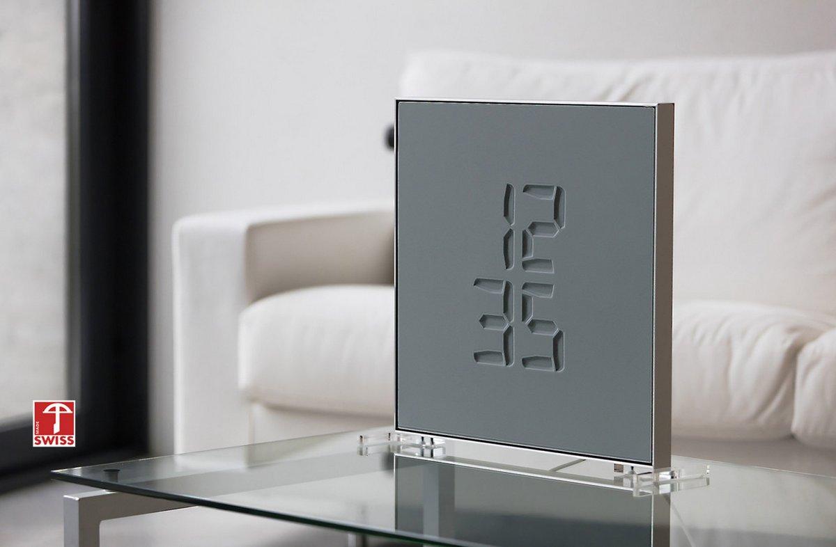 Часы Etch Clock