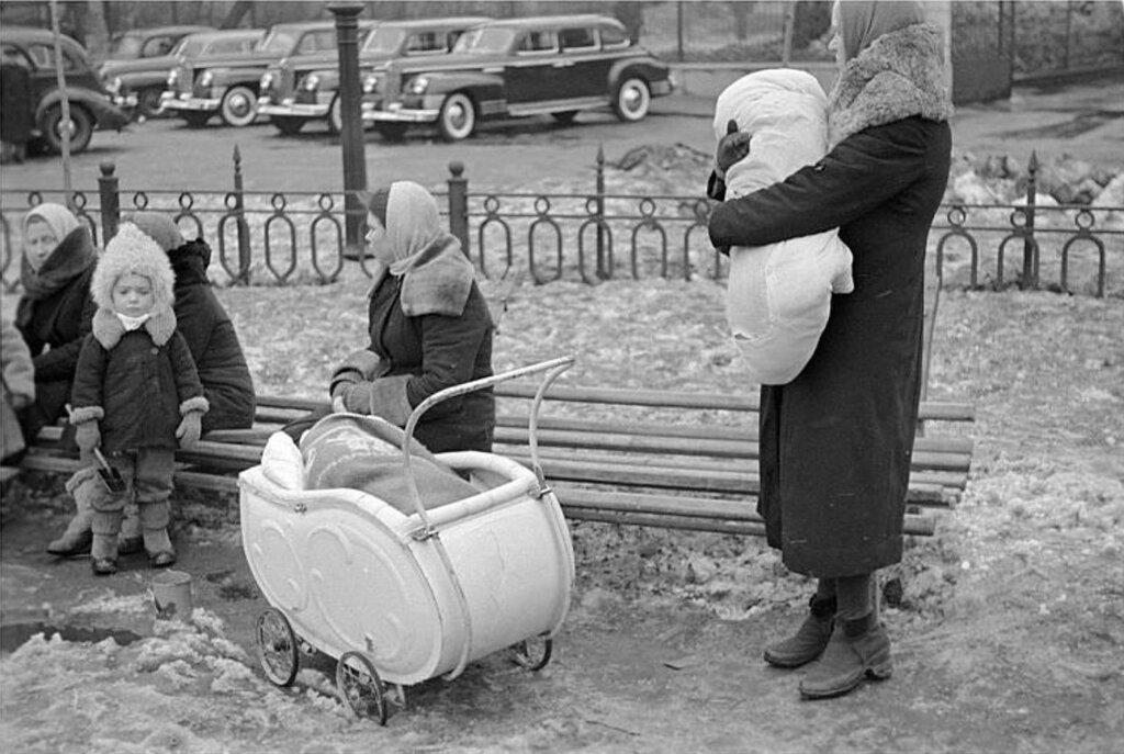 Род. Перри. 1947.jpg