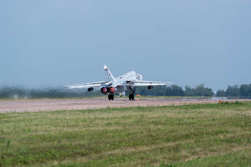 Сухой Су-24М (RF-95928 / 55 красный) ВКС России 1880_D805811