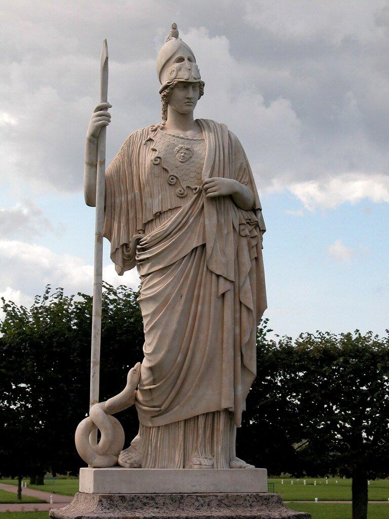 Статуя_афина_джустиниана.jpg