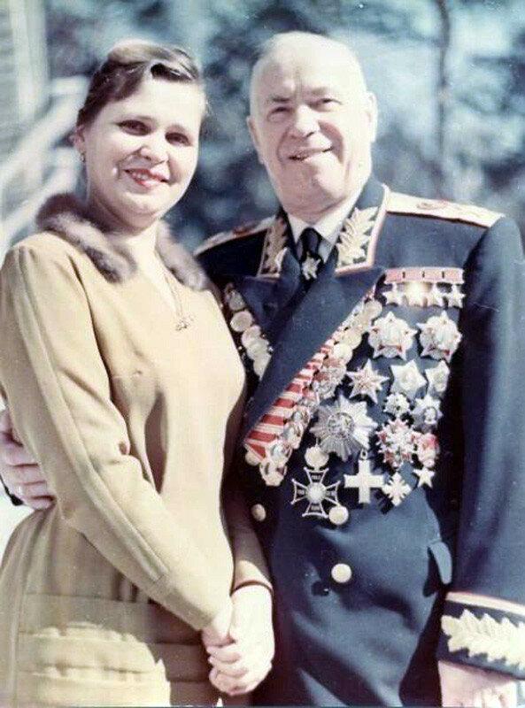 1960е Георгий Жуков и его жена Галина Александровна.jpg
