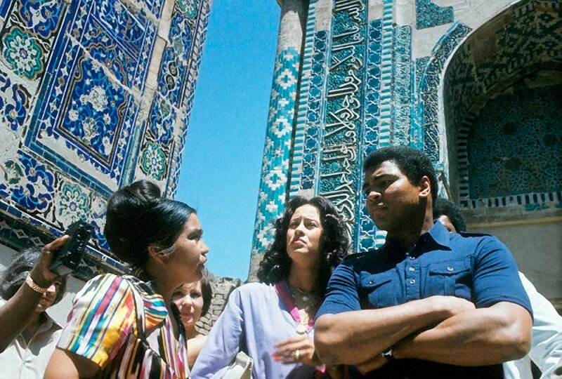 I saw a country populated by a 100 nationalities, living together in harmony. Muhammad Ali, USSR 1978.jpg