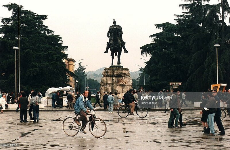 1996 Tirana.jpg