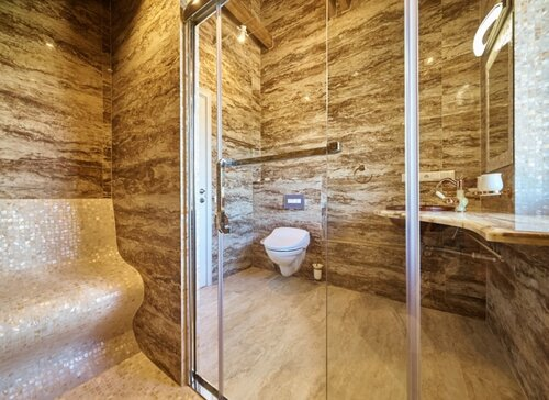 047 душевая комната 2 этаж, сиденье для отдыха