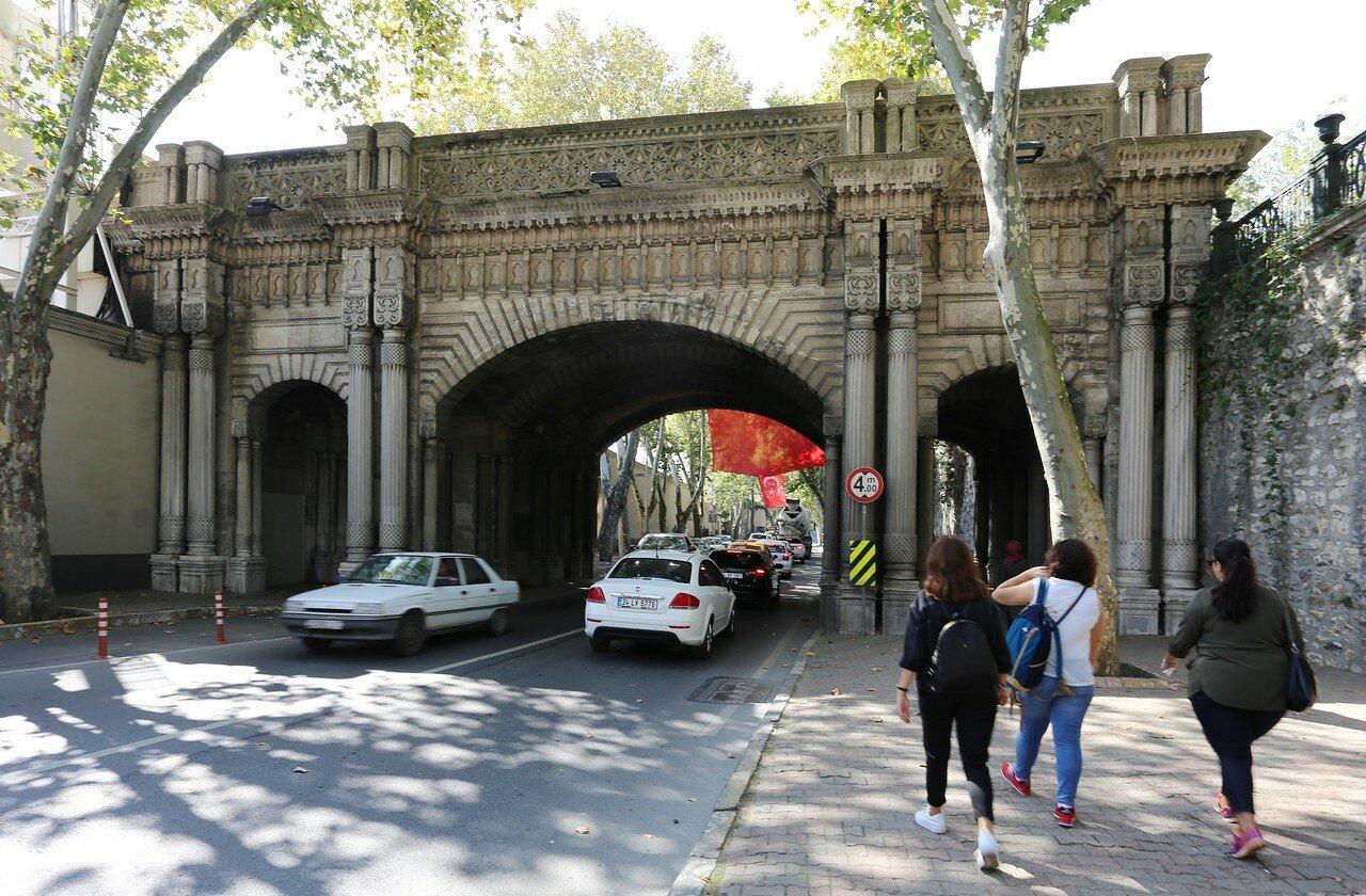 Стамбул. Мост Чираган (Çırağan köprüsü)