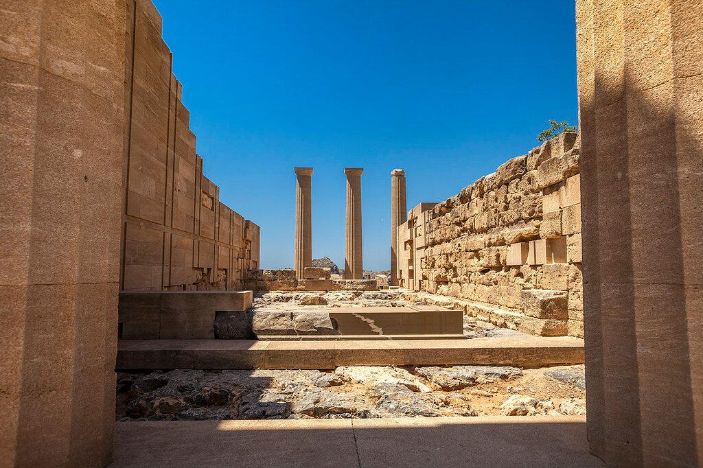 Храм Афины...