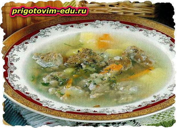 Суп с фрикадельками из печени