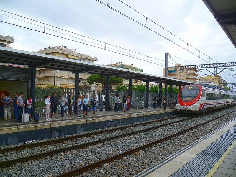 Испания, станция Пинеда де Мар (Spain, Pineda de Mar Station)