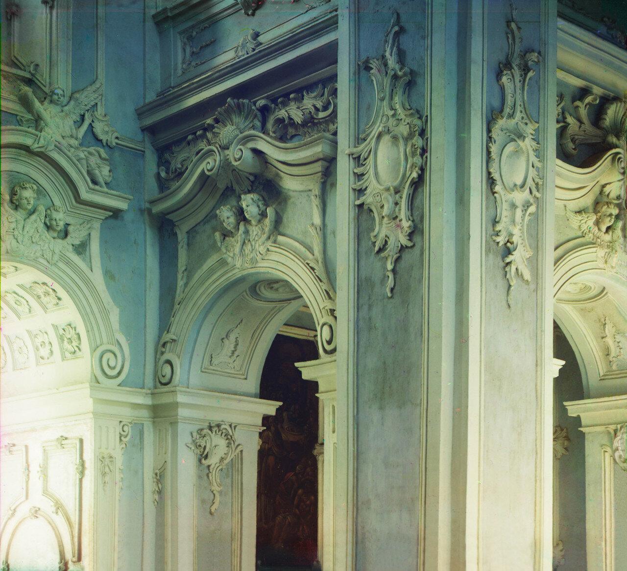 Окрестности Переславля. Отделка Успенского собора Горицкого монастыря