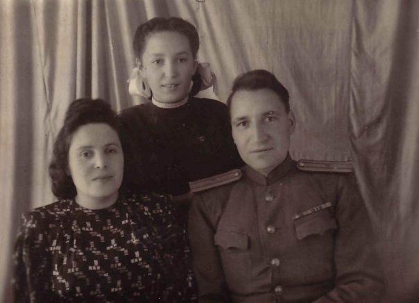 gusarov-s-docheryu.png
