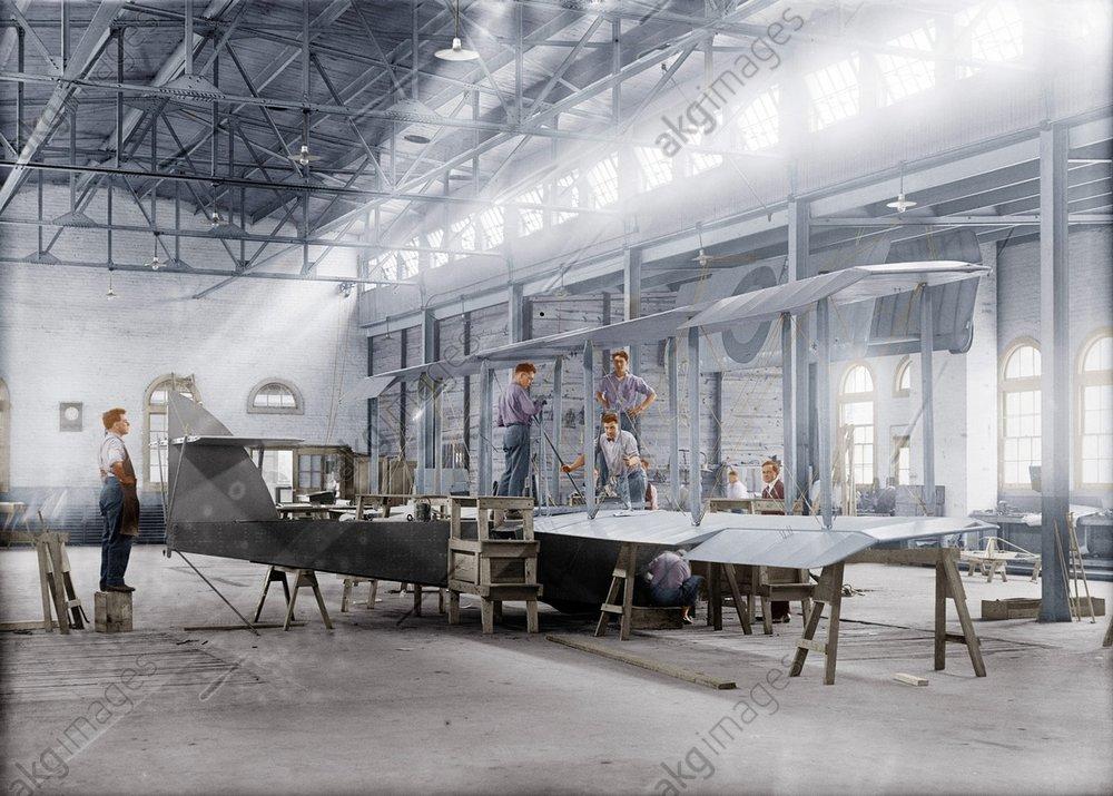 Flugzeugbau / USA / Foto 1918 - -