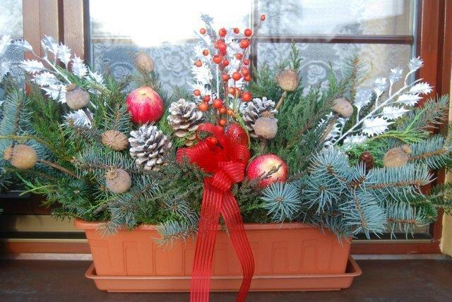 Как украсить цветы к новому году
