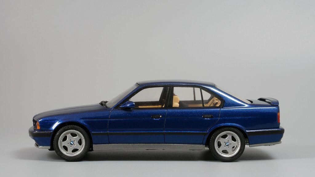 BMW_M5_E34_03.jpg