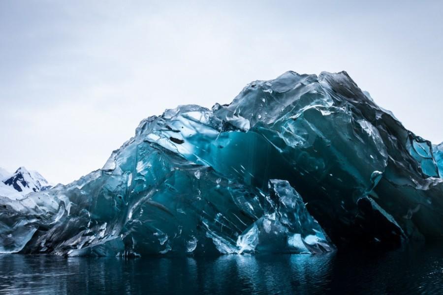 14. 99% площади Антарктиды находится подо льдом Этот континент покрывает ледник, называющийся «ледян