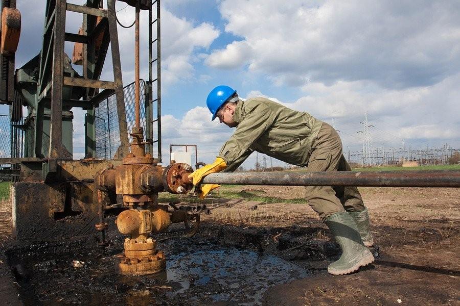 12. Рабочие на нефтевышках Если вы готовы оставить семью на долгий срок и отправиться работать на не
