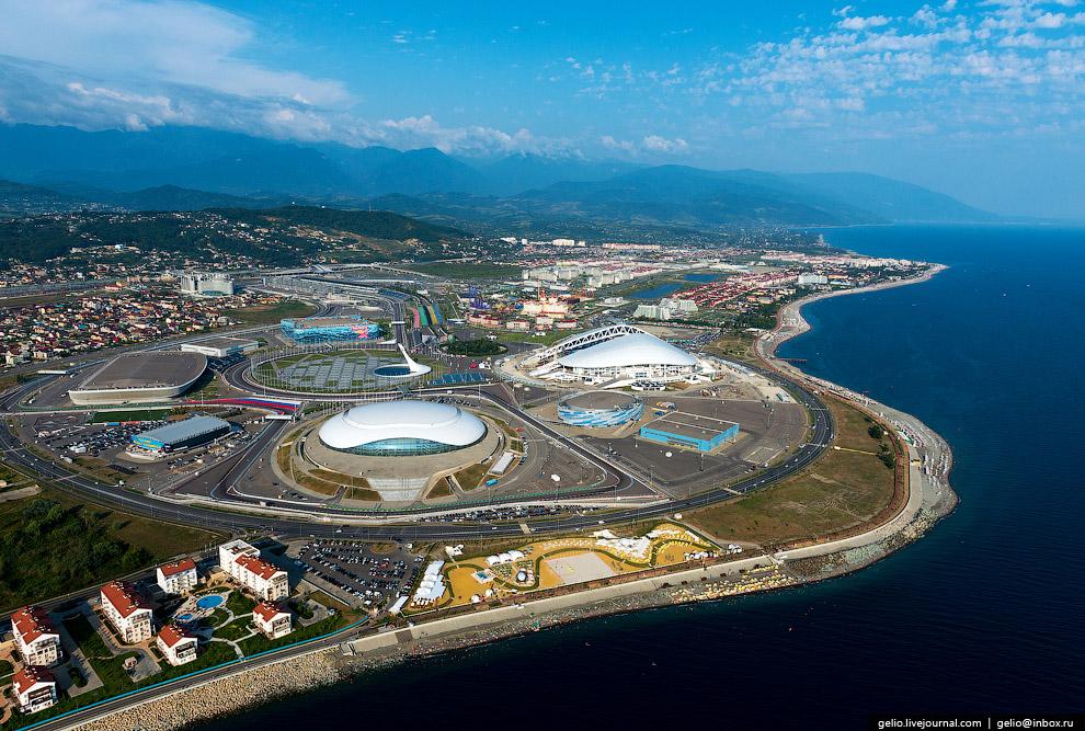 35. Стадион «Фишт». Главное сооружением Олимпийского парка, на котором прошли церемонии открыти