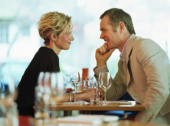 На протяжении многих лет гуру Эллен Фейн и Шерри Шнайдер анализировали поведение счастливых в л