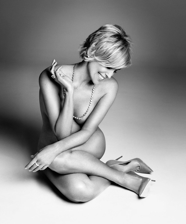 лина-данэм-джемайма-керк-реклама-нижнего-белья-шарон-стоун-обнаженная-фото4.jpg