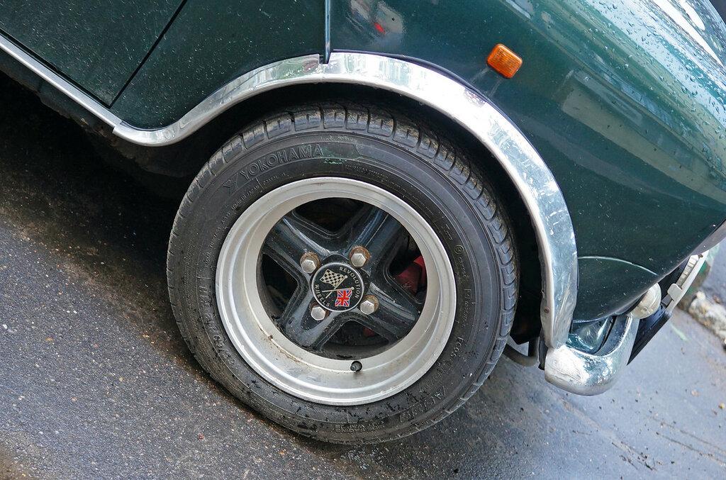 mini-old-wheel-DSC02334.JPG