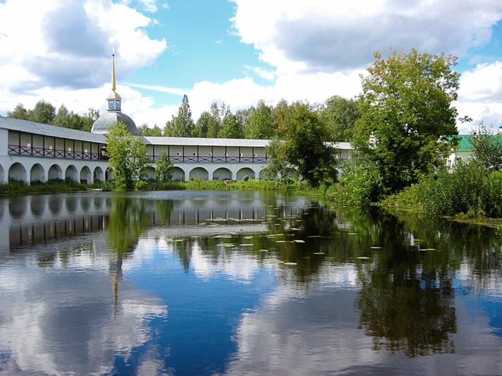 Тихвинский Богородичный Успенский мужской монастырь 2
