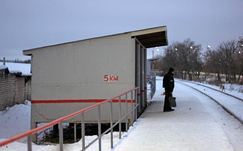 Платформа 5 км, перегон Кузьмичёвка - Орёл, вид на Орёл, павильон