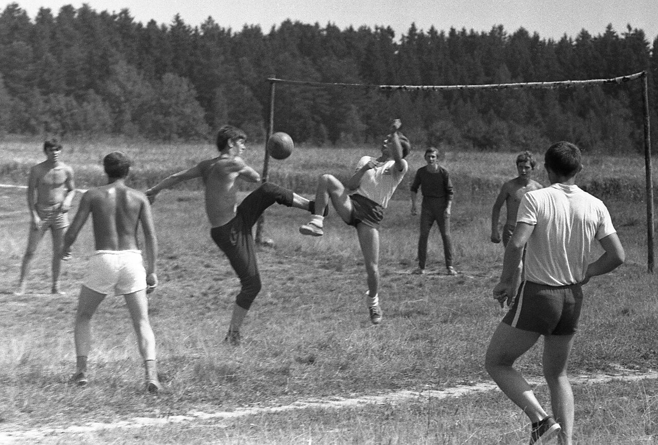 247. Футбол
