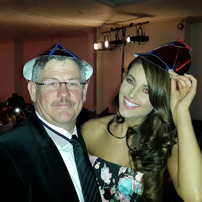 Личные фотографии новой «Мисс Мира 2014» Ролен Штраус 0 123087 a7a5fb6b orig