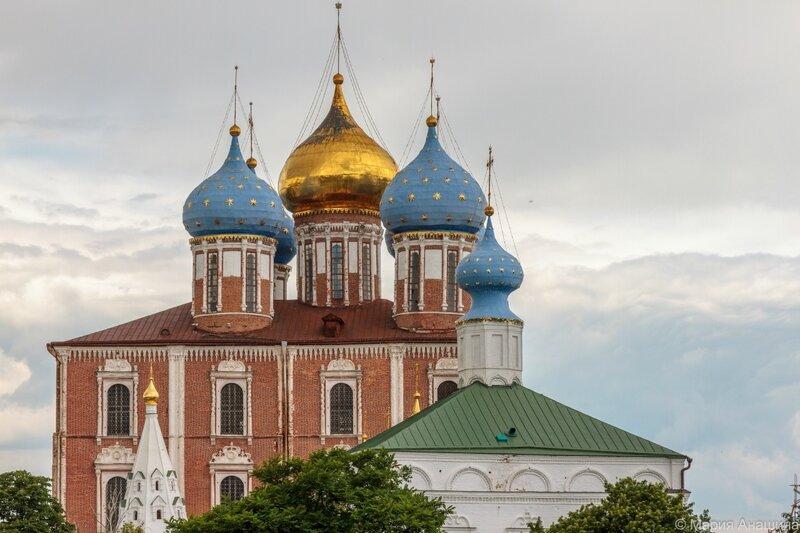 Успенский собор, Богоявленская церковь и Спасо-Преображенский собор