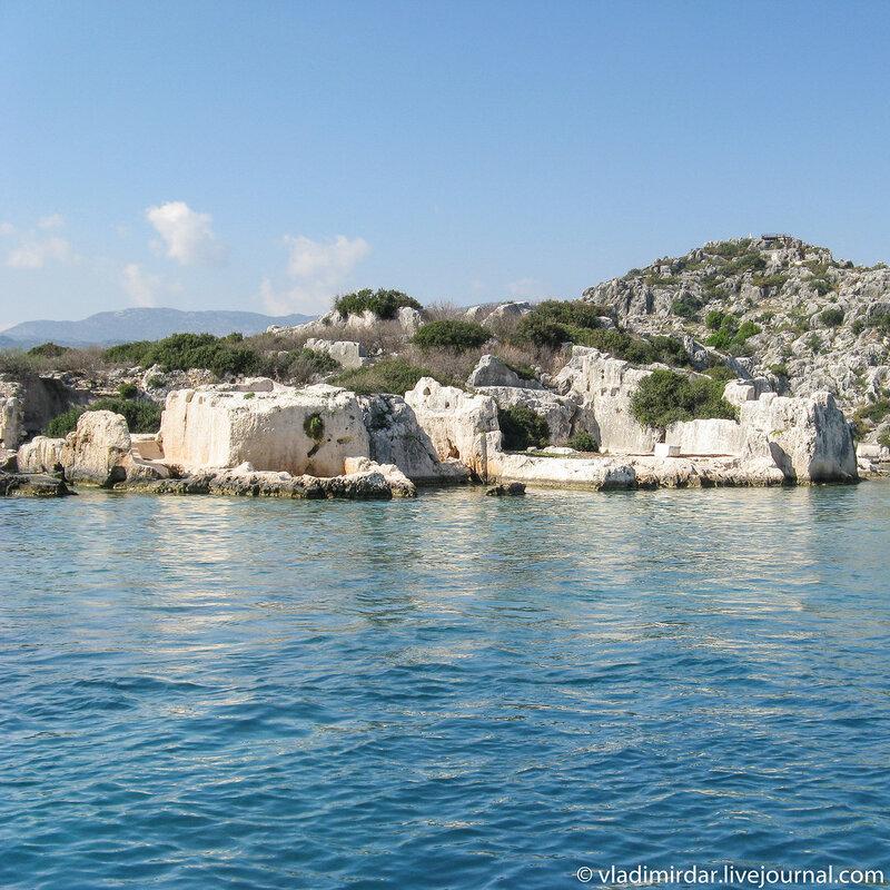 Руины древнего затонувшего города Симена