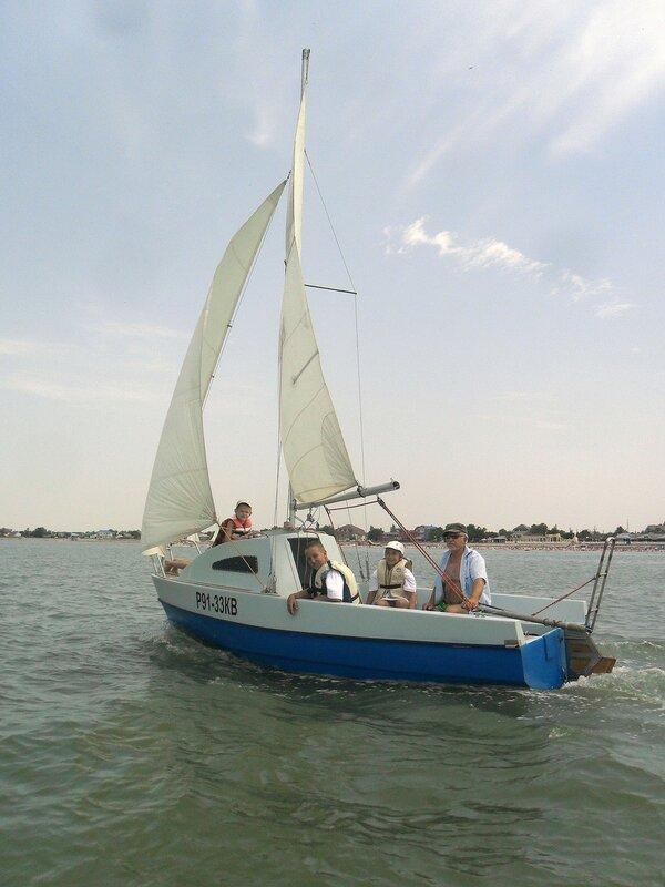 Добро пожаловать! На яхте, у берегов родного города ... SAM_8352.JPG