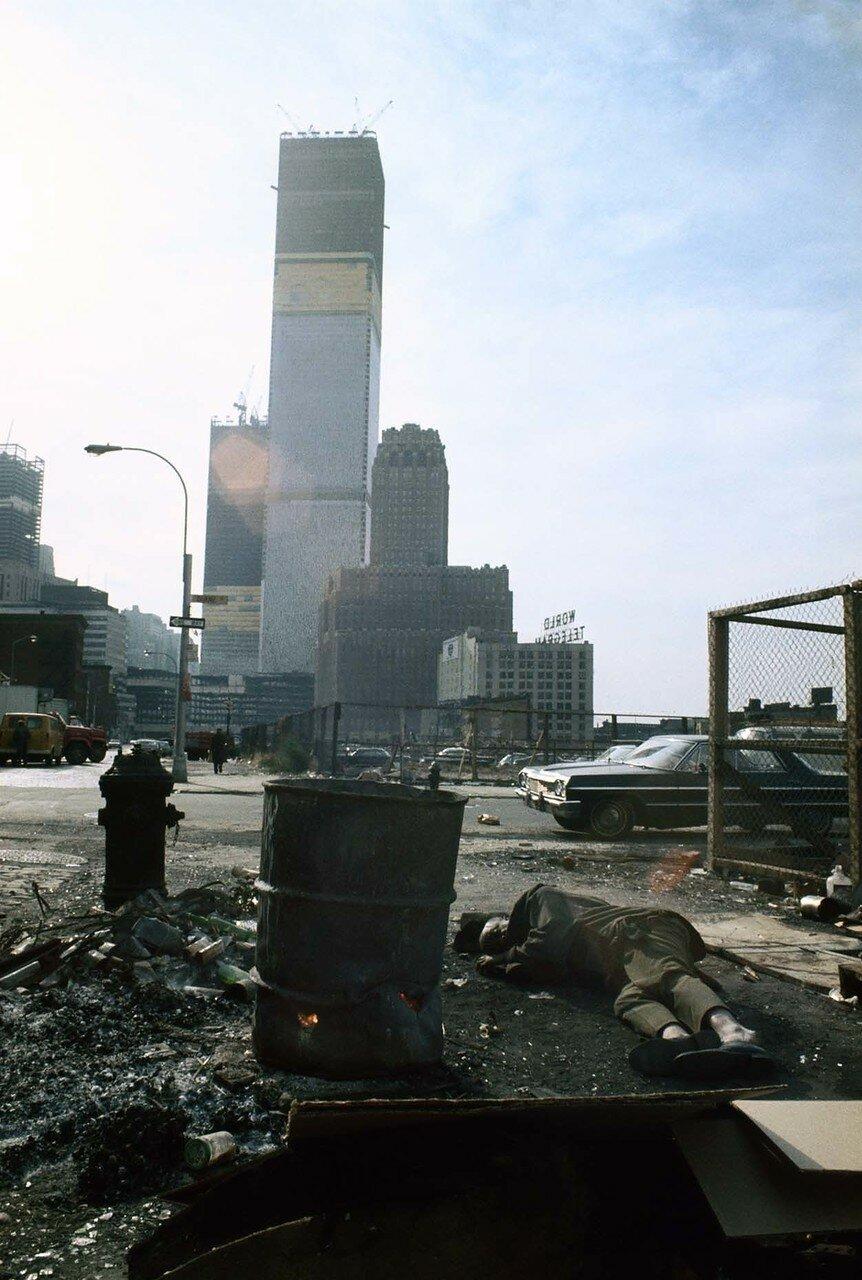 Вид на Всемирный торговый центр от Дуане Стрит