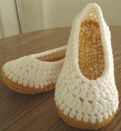 Вязаная обувь для дома - это
