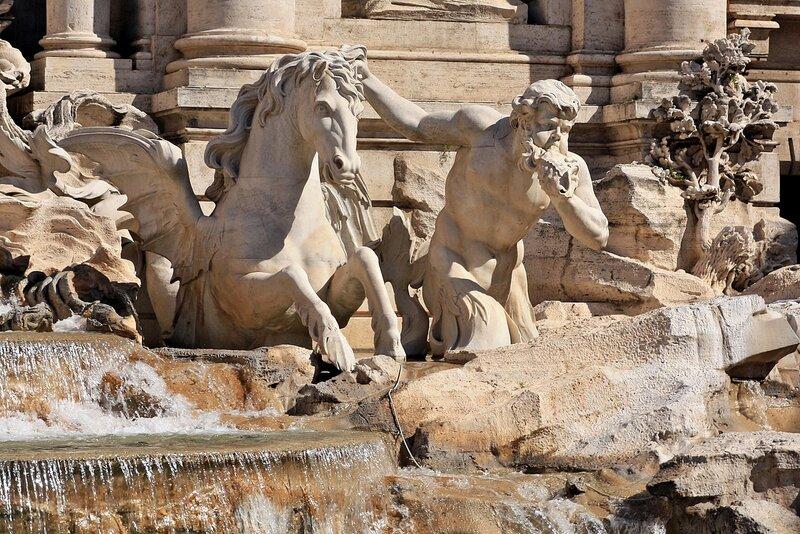 Фрагмент фонтана Треви