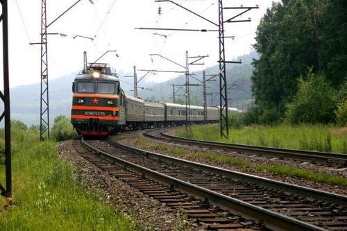 В Горках 11-летний мальчик попал под поезд