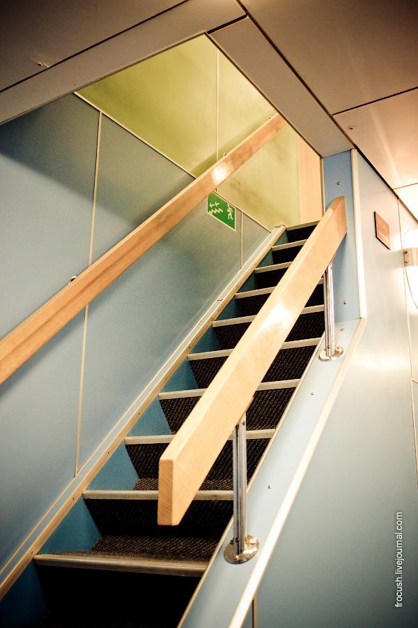 Лестница на шлюпочную палубу
