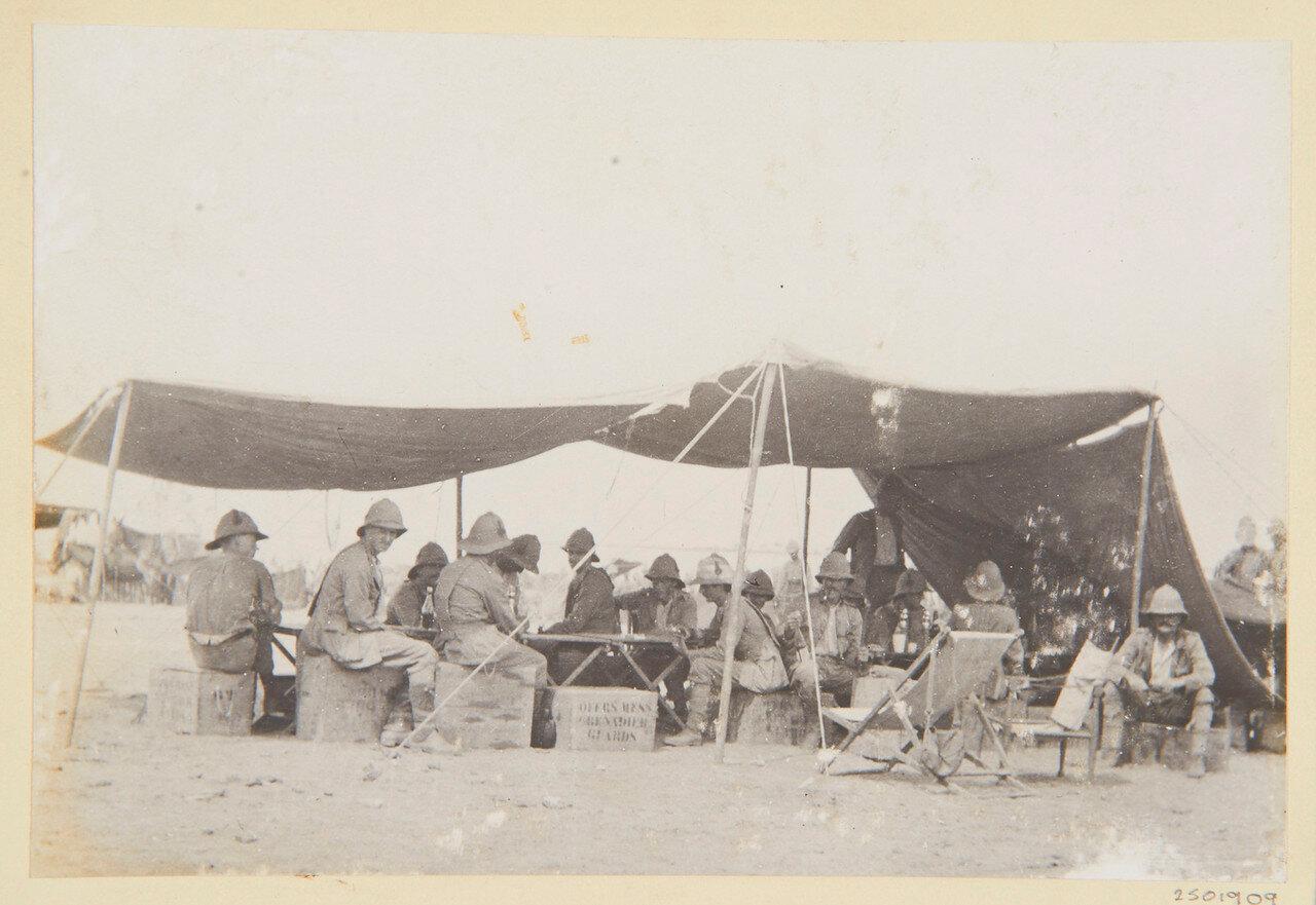 1-й батальон гвардейских гренадер. Офицерская столовая