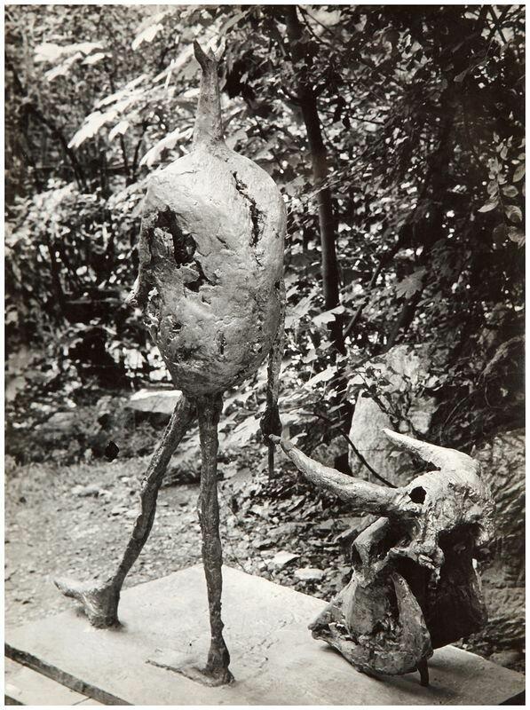 1950-1955. Коррида. Скульптура Жермен Ришье, вид сзади