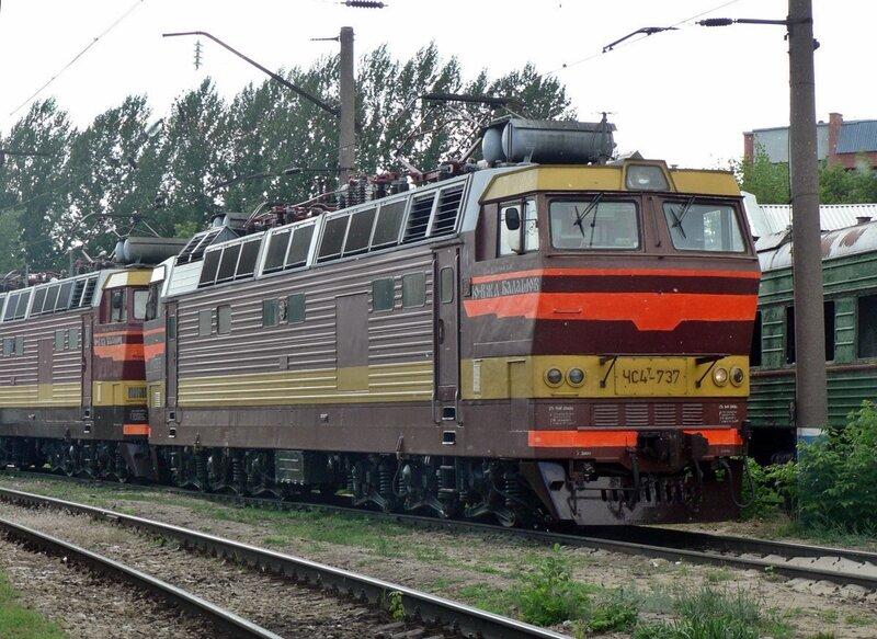 Поклонники электровозов ЧС4Т.